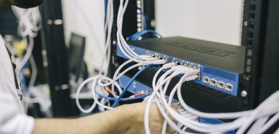 сървър-мрежа-софтуер-търговски-обекти